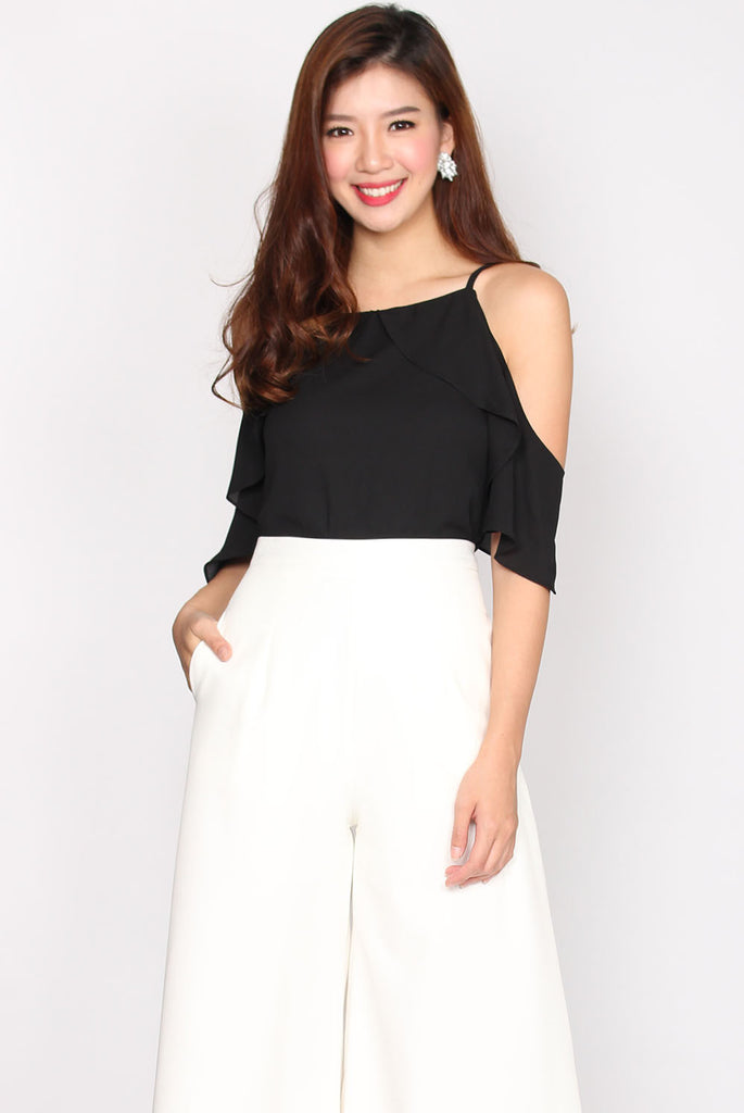 TDC Tottie Drop Shoulder Top In Black