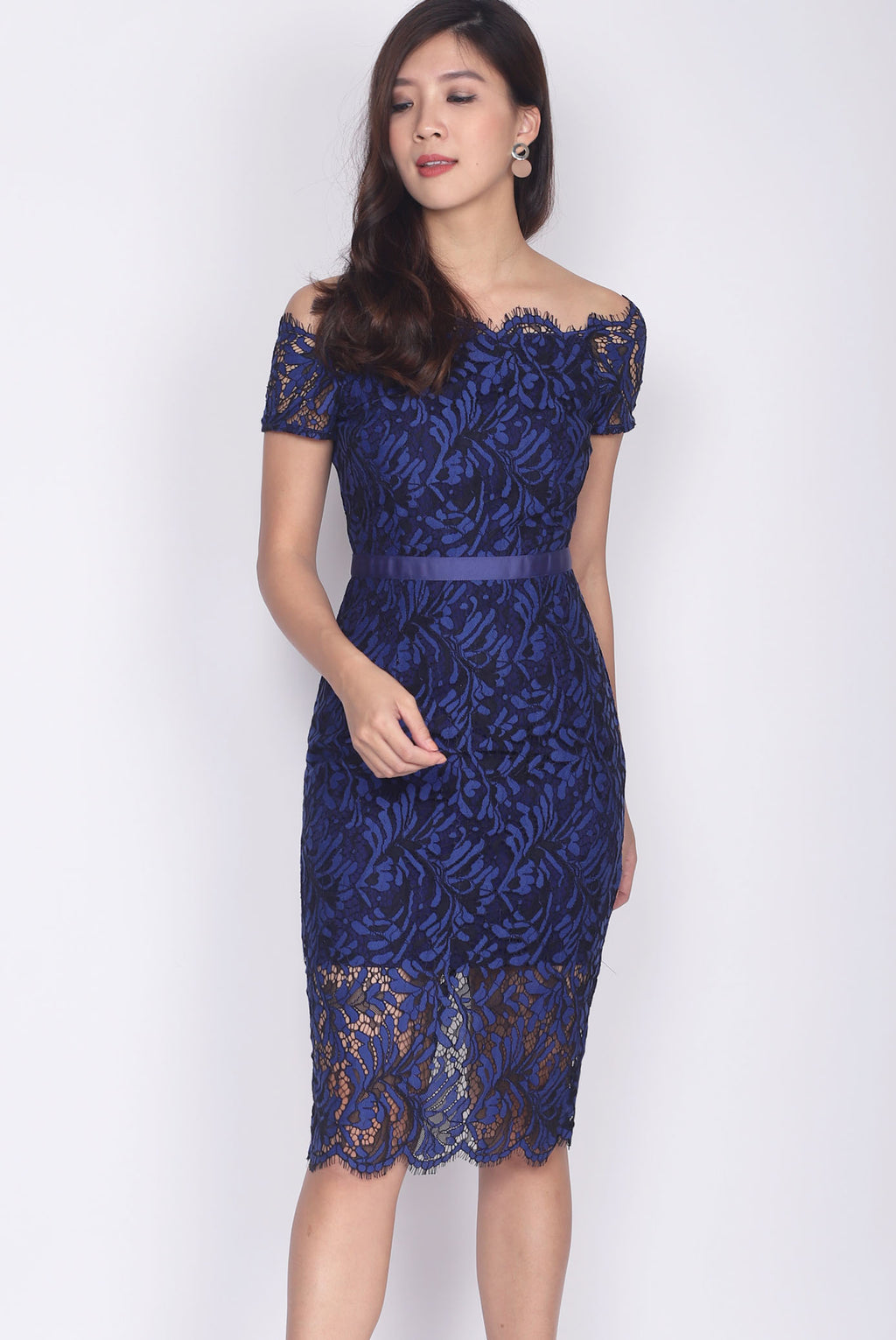 *Premium* Talbot Scallop Lace Off Shoulder Dress In Navy Blue