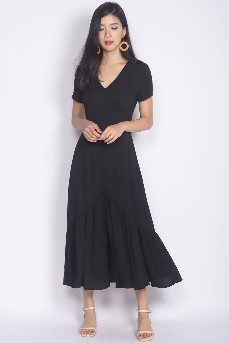Tenaya Buttons Slit Mermaid Maxi Dress In Black