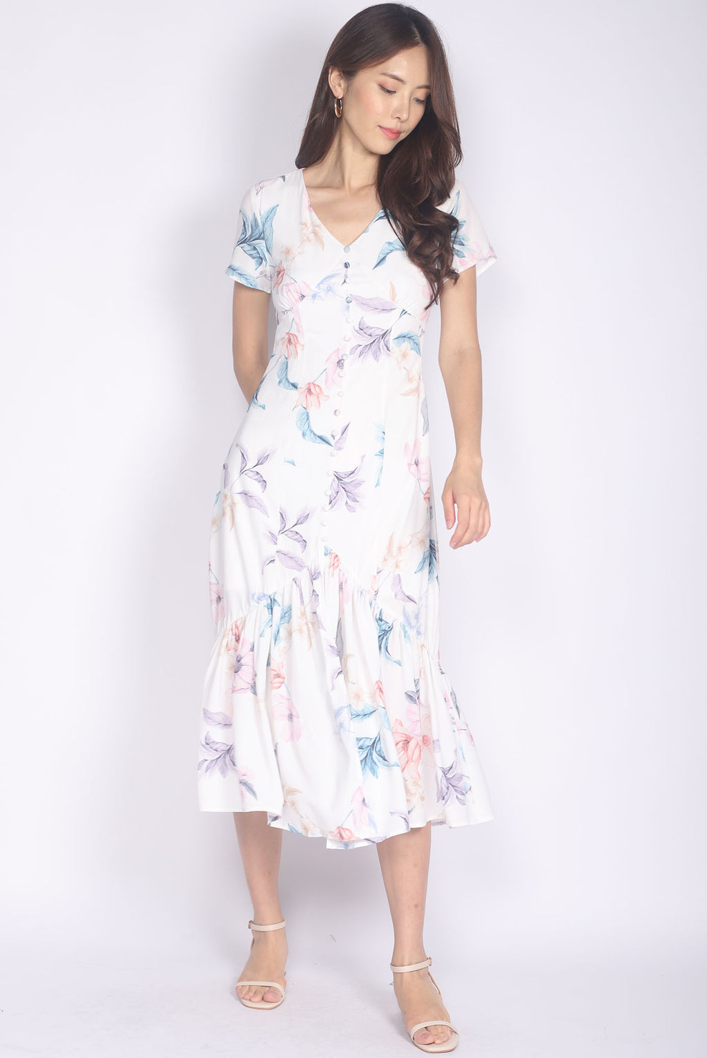 Tenaya Buttons Slit Mermaid Maxi Dress In White Floral