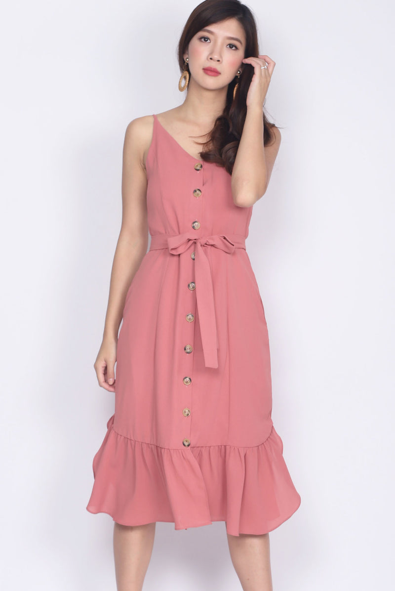 Tiaret Buttons Curve Drop Hem Dress In Pink