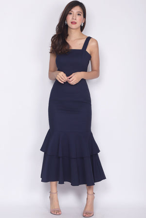 *Premium* Visvya Tiered Mermaid Dress In Navy Blue