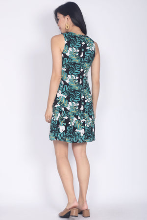 Wanelle Leafy Drop Waist Dress In Fresh Green