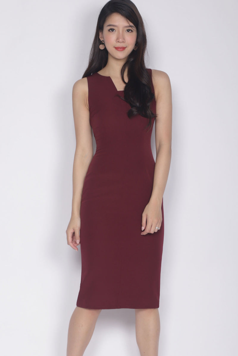 Wilsonia V Front Work Dress In Wine Red