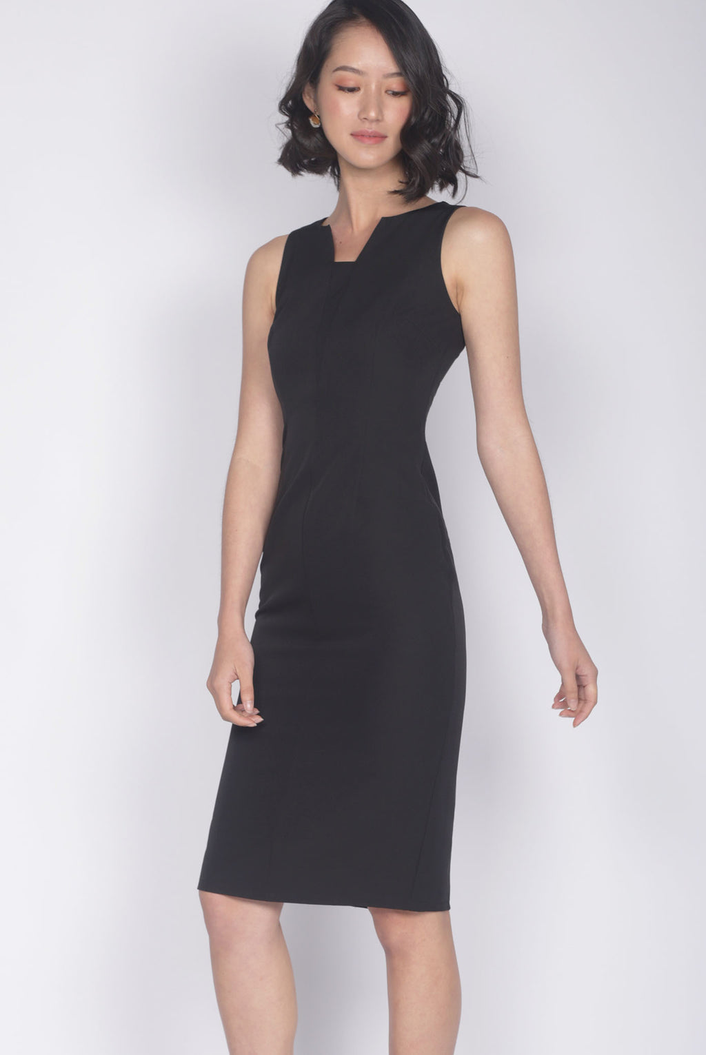 Wilsonia V Front Work Dress In Black