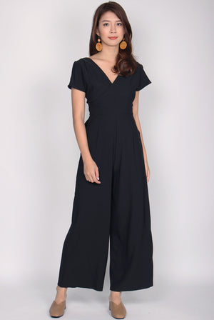 Winslet Slit Sleeve Jumpsuit In Black