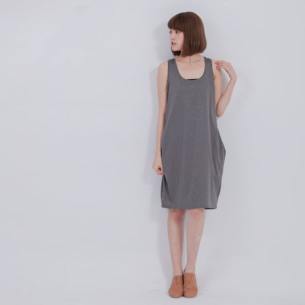 Lessie dress black stripe