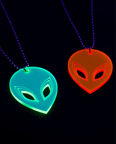 ALIEN HEAD NECKLACE SM