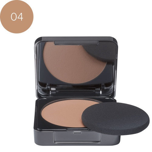 Babor Perfect Finish Foundation 04 sunny. Kompakt make-up og pudder 2 i 1 med silketekstur som gir en matt finish.