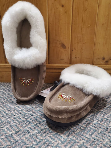 Ladies Sheepskin Moccasin with Gum Sole