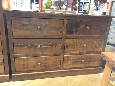 Barnboard 6 Drawer Dresser in Rustic Pine