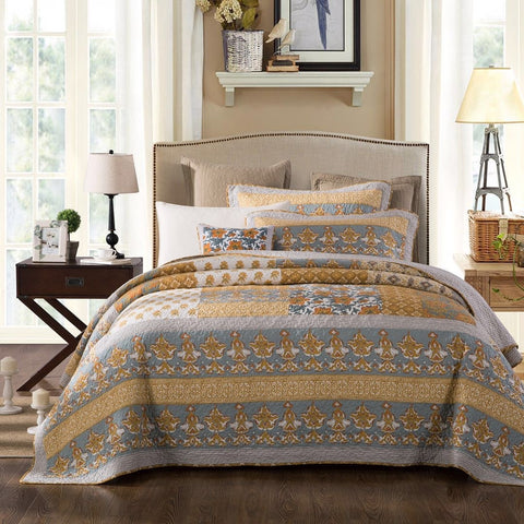 Baltic Amber Quilt Set
