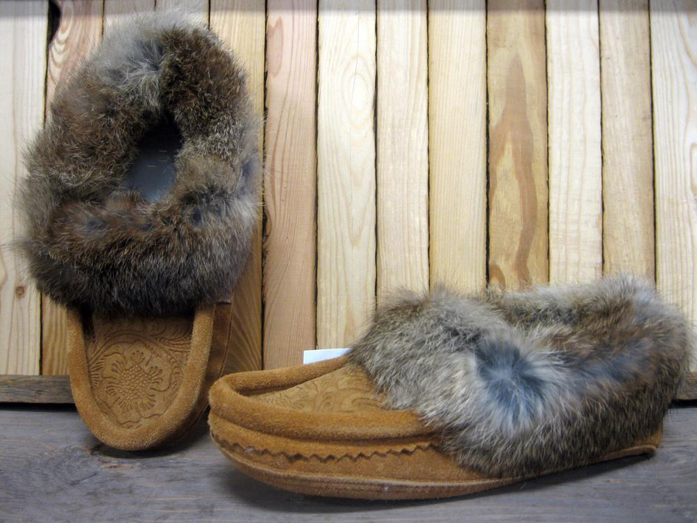 Ladies Suede Rose Print Slip On Moccasin with Fur