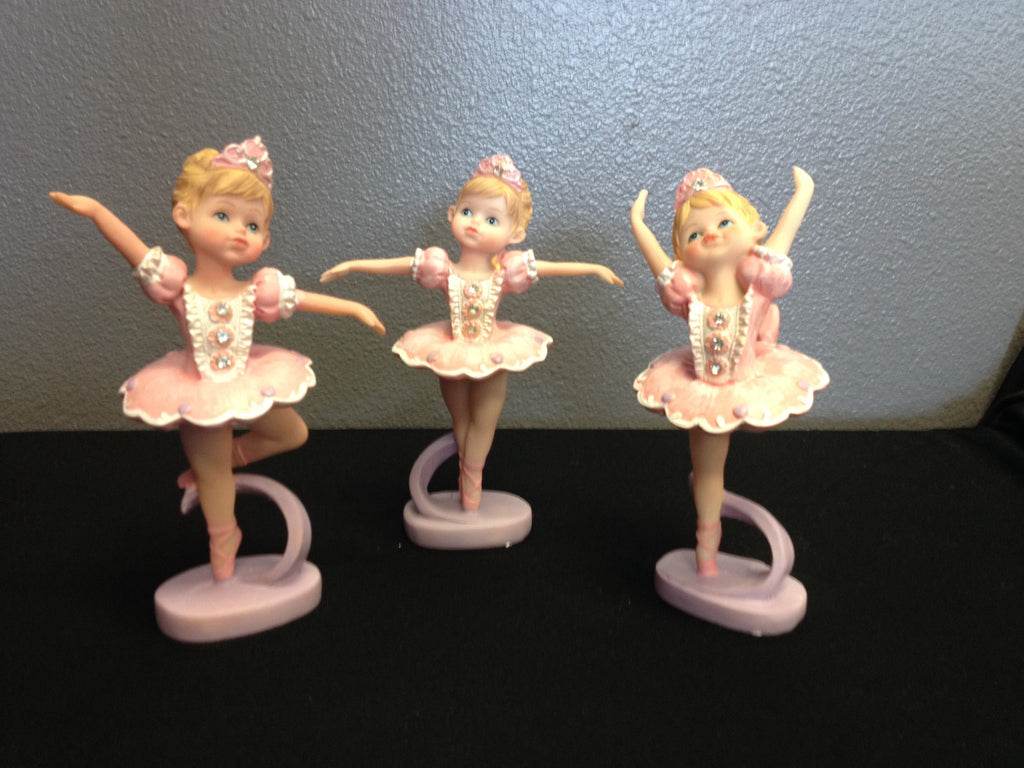 Dainty Dancer Figurines