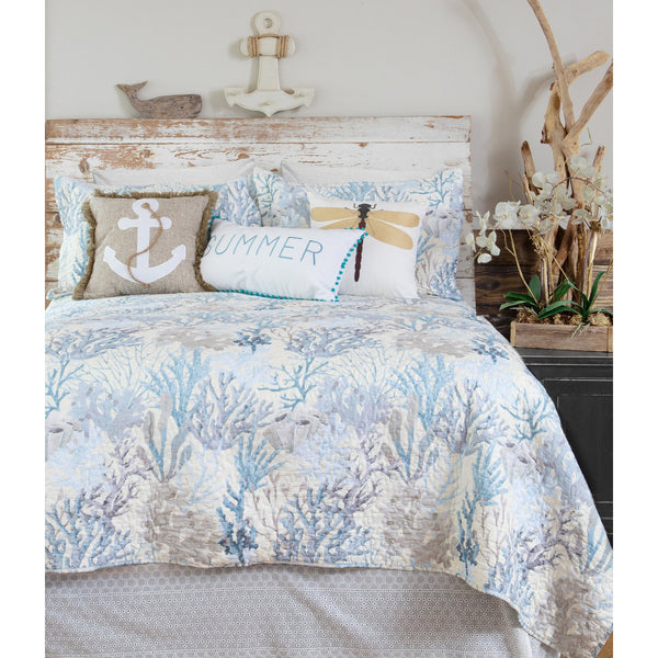 Summer Reef Coastal Quilt and Pillow Shams Set