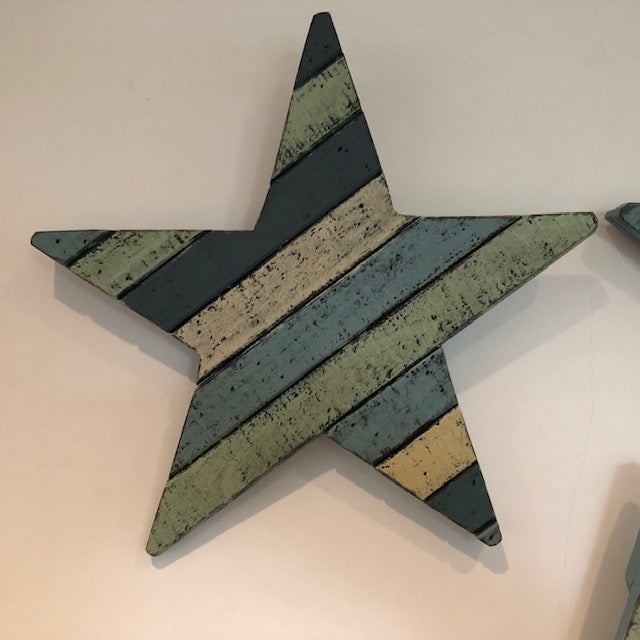 Beach House Style Wooden Star Set