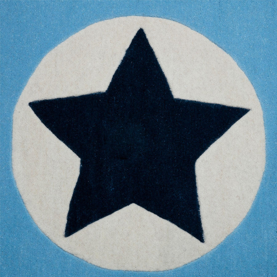 Soft Blue Star in Circle Americana Rug
