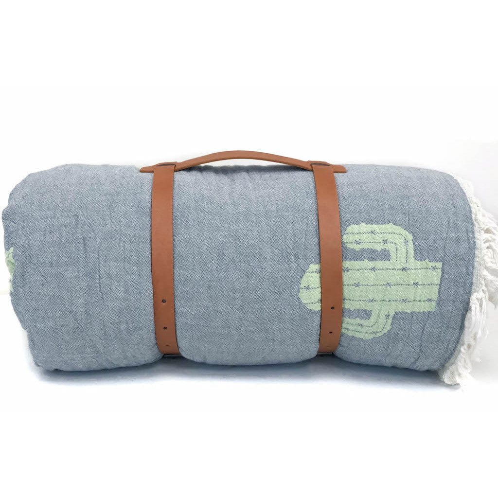 Woven Cactus Throw with Travel Carrier