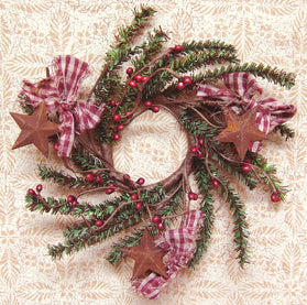Homespun Pine Candle Ring with Pip Berries and Stars