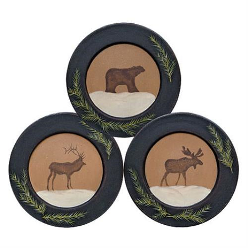 Log Cabin Style Wooden Plates with Reindeer Moose Bear