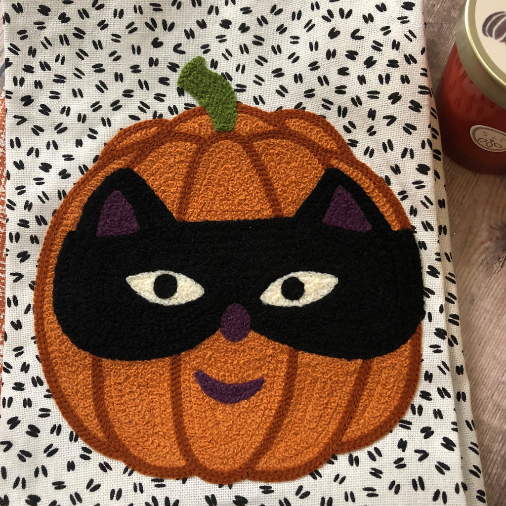 Jack O Lantern with Cat Mask Towels