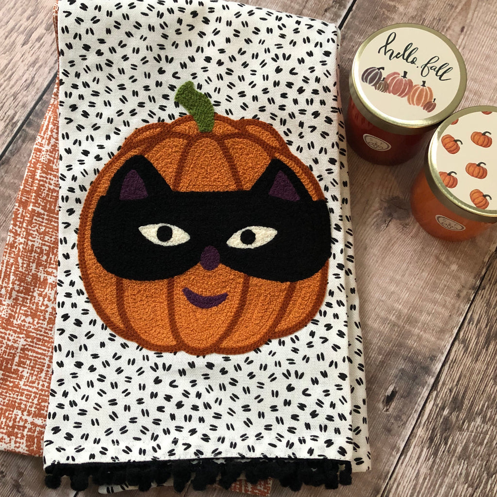 Jack O Lantern with Cat Mask Towel Set