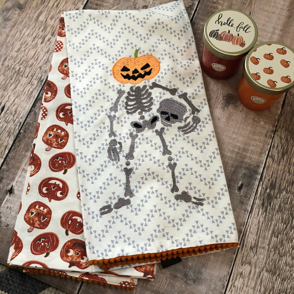 Skeleton Halloween Towel Set UK