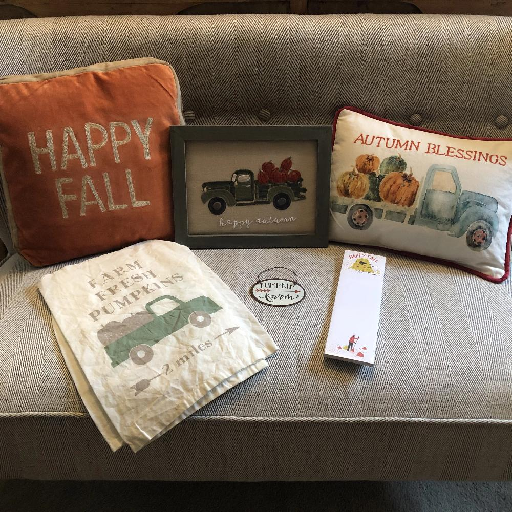 American Fall and Thanksgiving Decorations