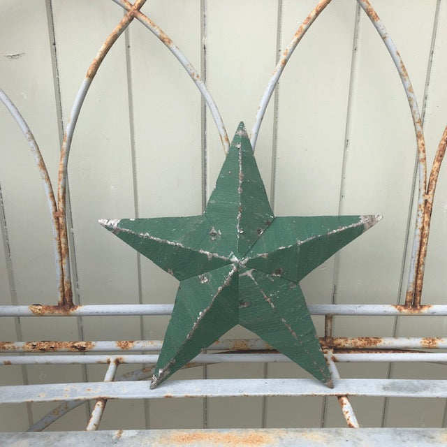 Dark Green Rustic Amish Barn Star UK