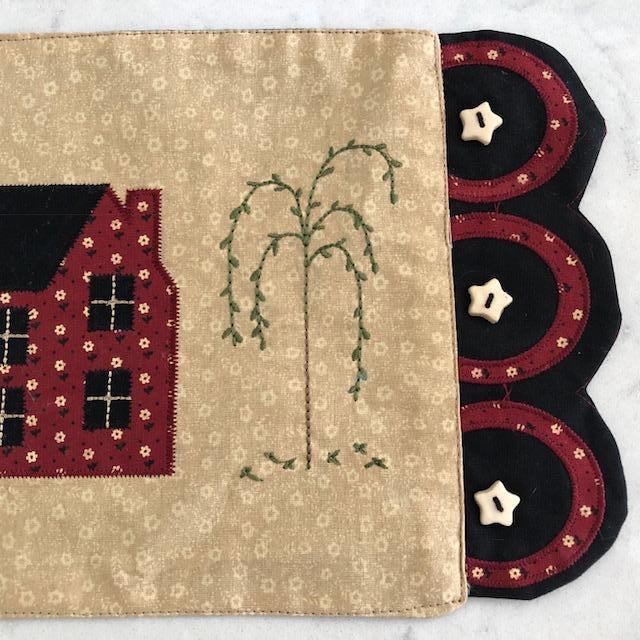 Saltbox Folk Art Accent Mat