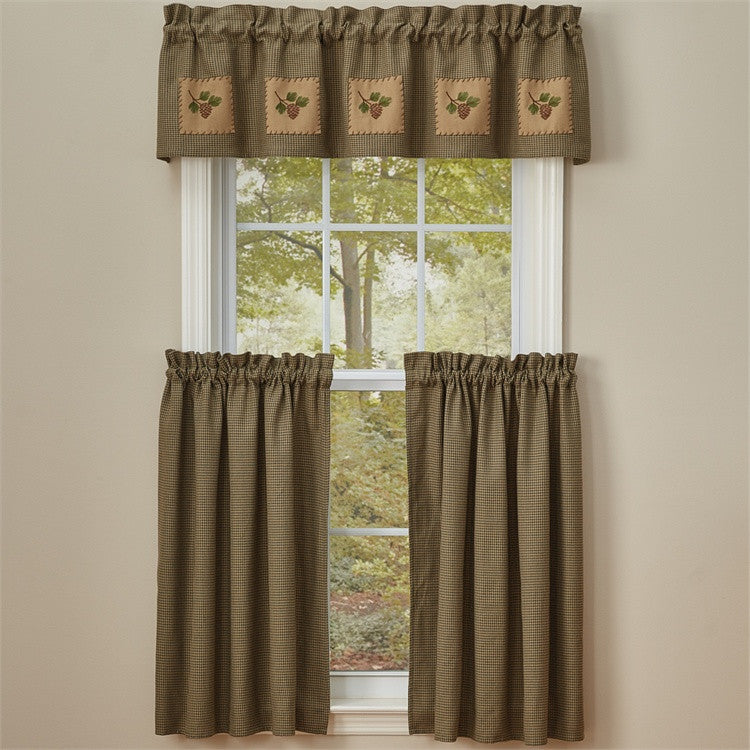 Pineview Patch Lined Valance
