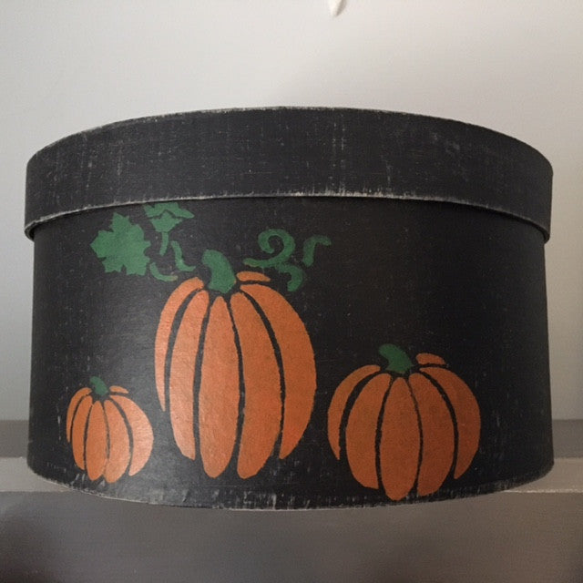 Black Shaker Box with Pumpkins UK