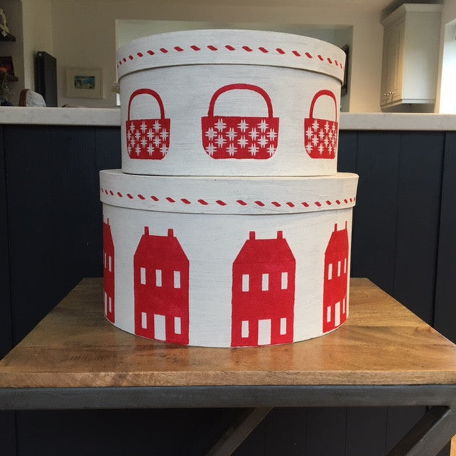 Red and Antique White Shaker Box with Saltbox Houses