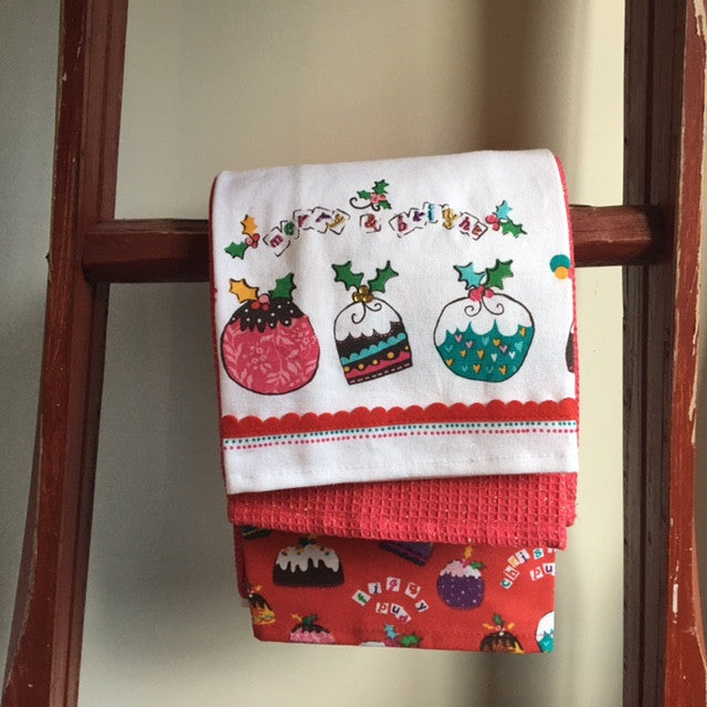 Set of 3 Merry and Bright Tea Towels