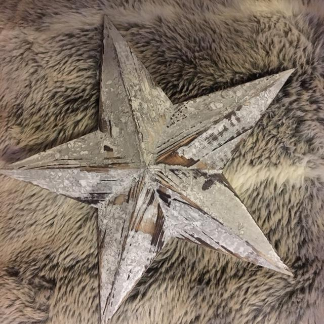 Wooden Distressed Barn Stars