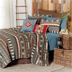 Wyatt Quilted Bedspread and Pillowcase Shams Set