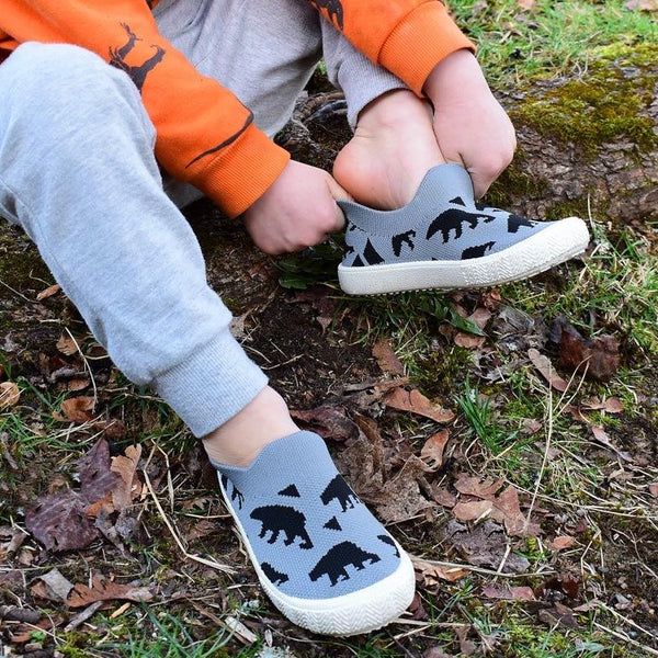 Graphic Knit Shoes - Bear