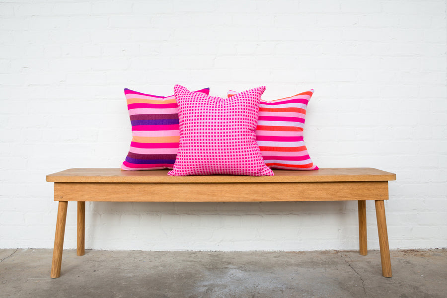 Hamar Pillow - Fuchsia