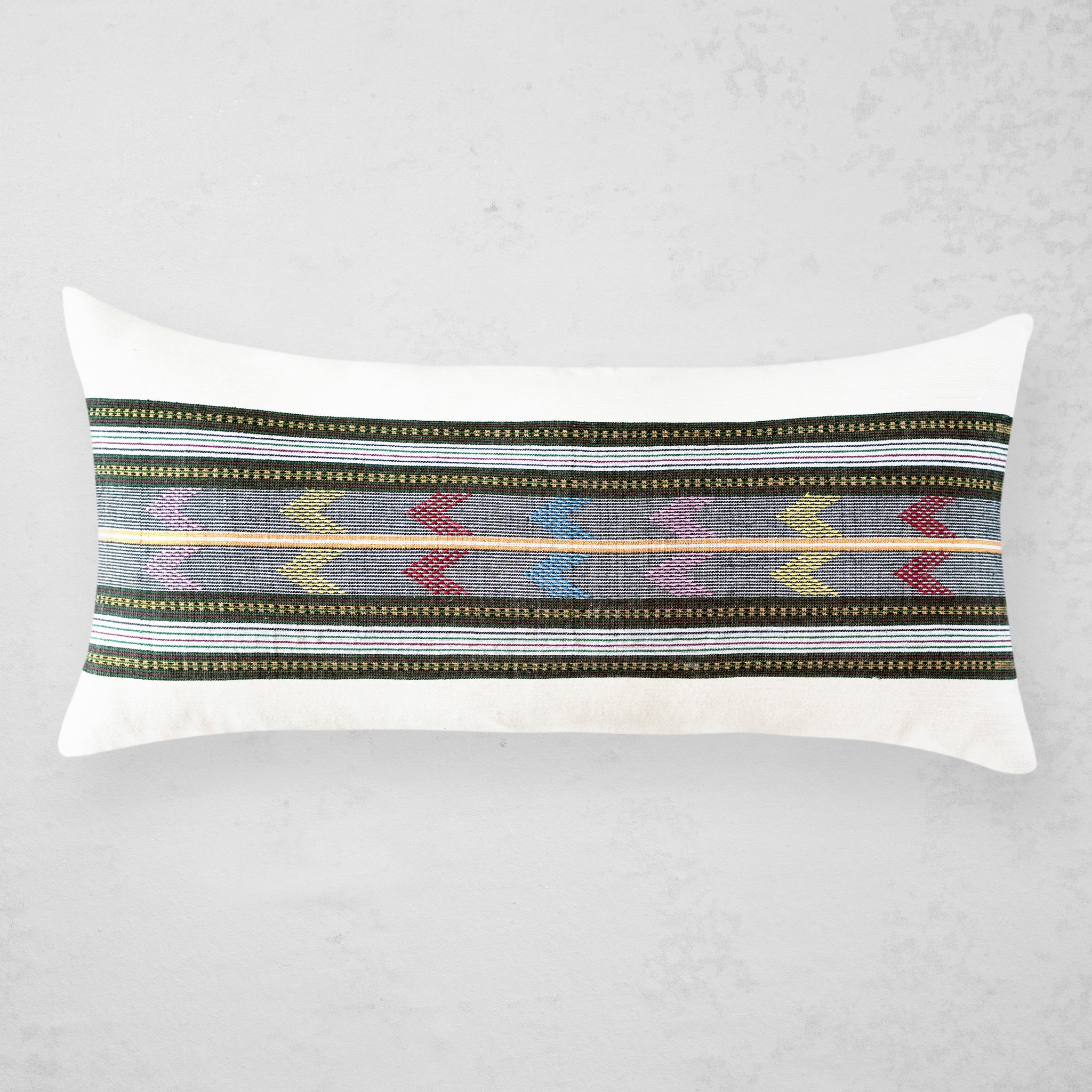 Wollo Lumbar Pillow - Silver