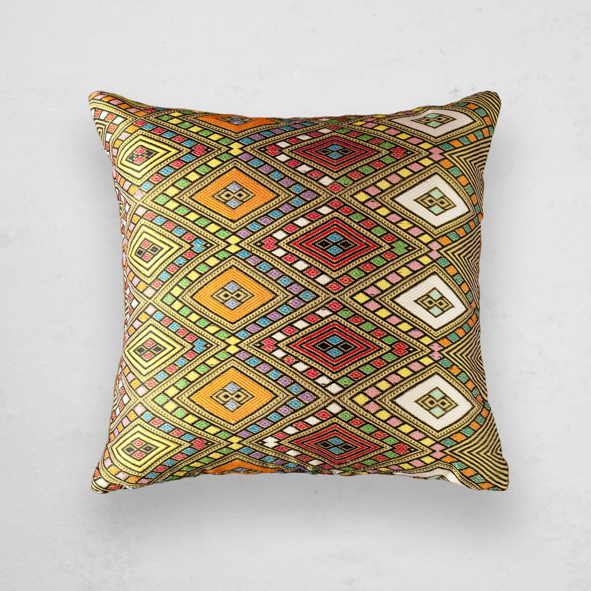 Zinar Pillow