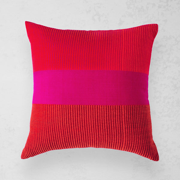 Mora Pillow - Fuchsia