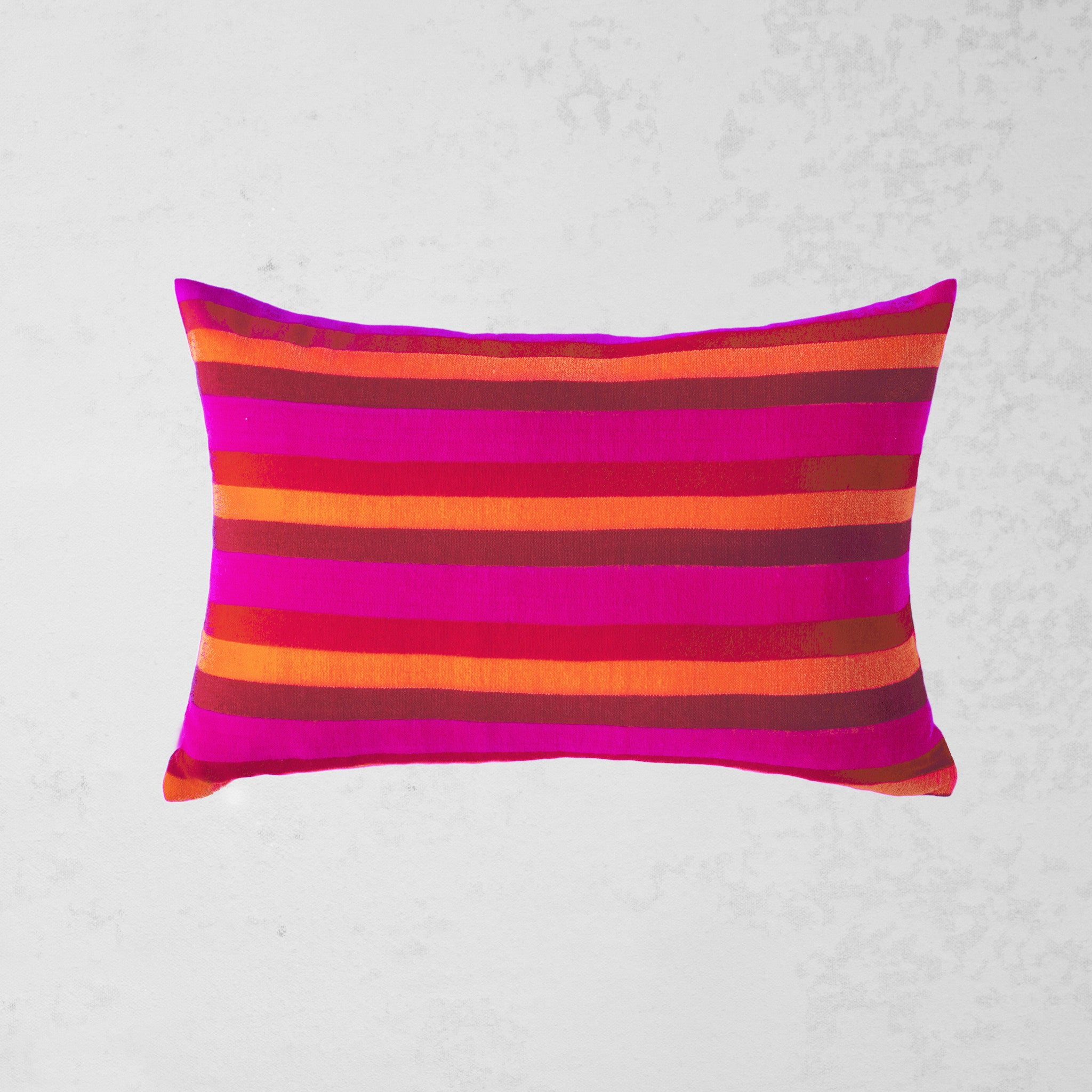 Hela Pillow - Fuchsia