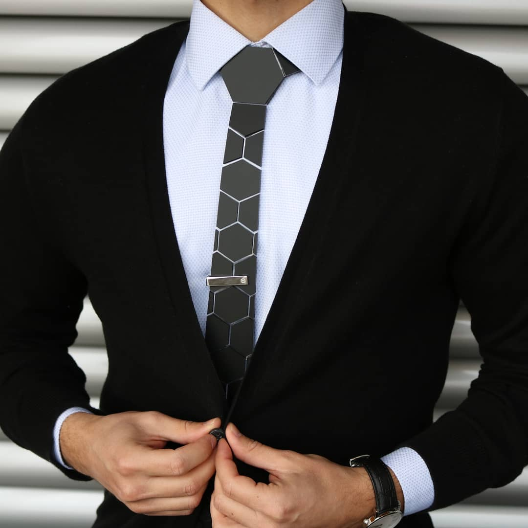 How to Tie a Tie: Easiest Ways to Tie A Tie