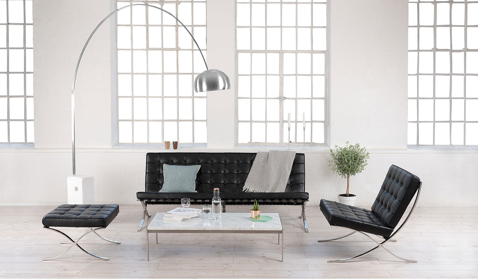 barcelona chair replica pavilion chair replica exposition chair. Black Bedroom Furniture Sets. Home Design Ideas