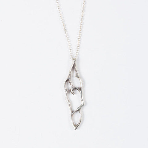Arabesque Small Leaf Necklace