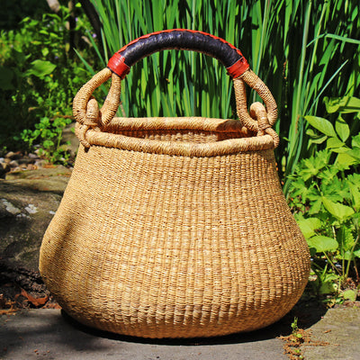 Bolga Pot Basket, Natural with Neutral Handle