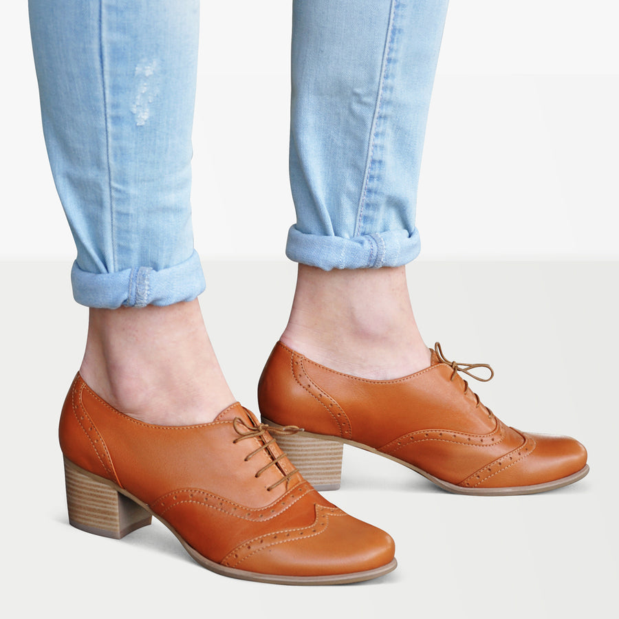 oxford pumps brown leather