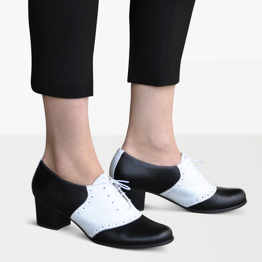 Saddle Oxford Pumps by Julia Bo
