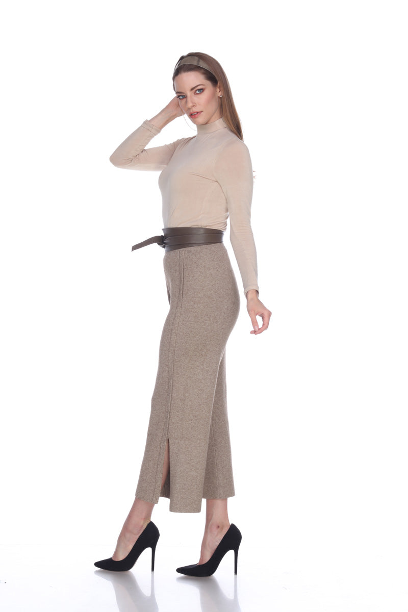 Pants with Bottom Slit