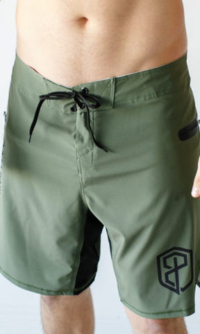 American Defender Shorts 2.0 (OD Green)